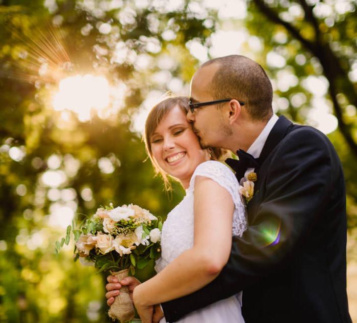 DIY esküvő a szegedi Várkertben | Niki & Ákos