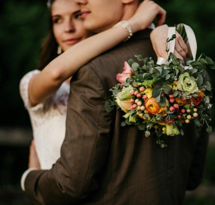 Betti & Zsolti | Bohém esküvő a Pál-völgyi-barlangnál